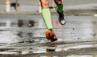 banda kinesiologica pentru alergatori